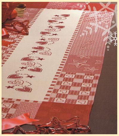Chemin de table patchwork de dmc pour la maison supports broder casa cenina - Chemin de table en patchwork ...