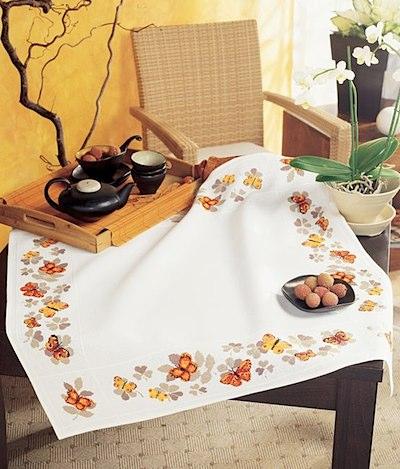 nappe carr e papillons de vervaco pour la maison supports broder casa cenina. Black Bedroom Furniture Sets. Home Design Ideas